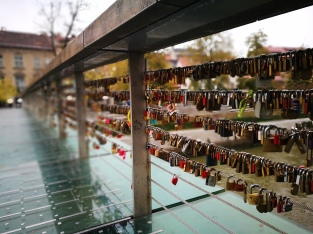Like milvii bridge Rome